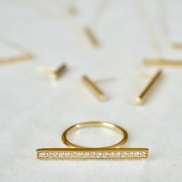 Bar Diamond Ring