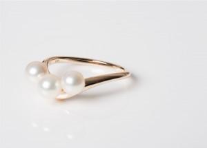 PearlsVring2 Akoya Pearls